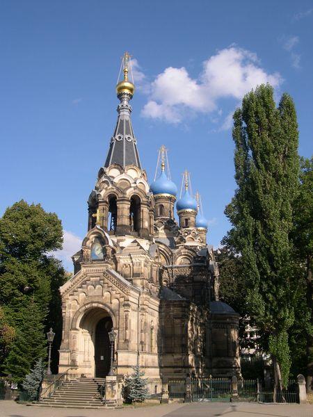 450px-Russisch_Orthodoxe_Kirche_Dresden