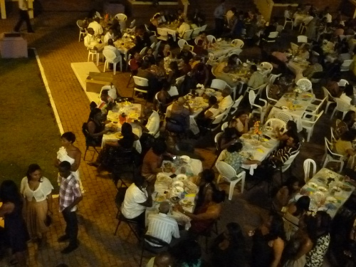 PHOTO FROM THE ANNUAL FUNDRAISING BANQUET OF THE BELIZE CITY/HONDURAS DISTRICT, PART OF THE CARIBBEAN CONFERENCE OF THE METHODIST CHURCH, HELD IN BELIZE CITY ON THANKSGIVING WEEKEND 2012. AND BOY WAS THE CHOW EVER GOOD AT $50 BZ ($25 US) A PLATE.