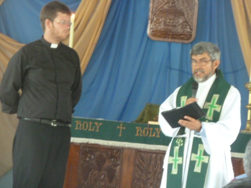 "One thing I've always liked--""high church worship services"" like you get at Anglican Churches like St. Andrews Anglican Church in San Ignacio where I usually attend church. Father Juan, on the right, is originally from Colombia but is now the rector at the dynamic St. Andrews Church. And my good young friend with the razor-sharp wit Father David (left), who grew up in Indiana and ended up an Anglican in San Diego and then in Colombia by way of Oxford University (did I mention he's very smart?) is also at St. Andrews here."